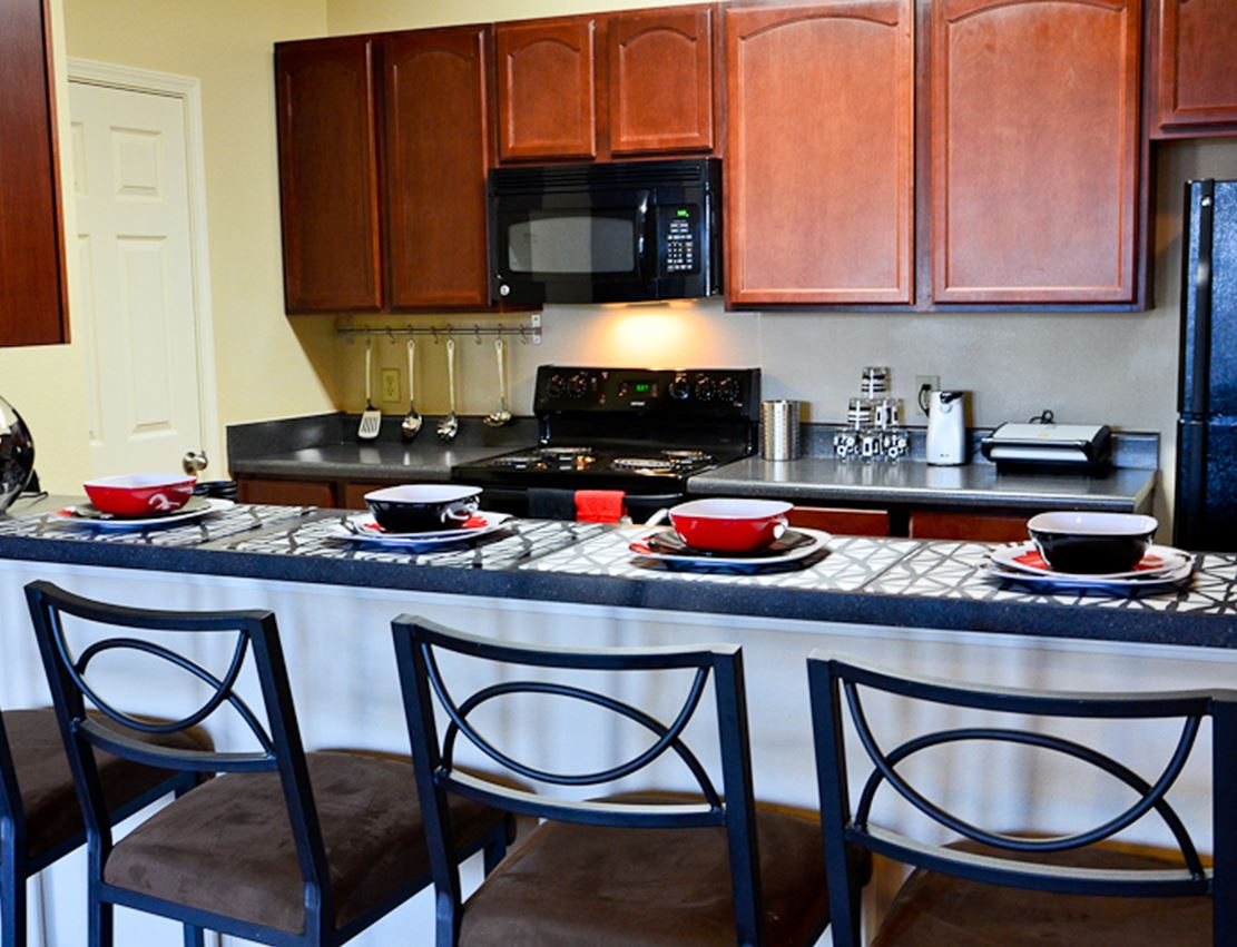 gallery0003hillcountryapartmentsdiningjpg